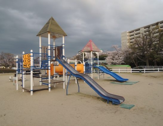 阪神競馬場付属公園2