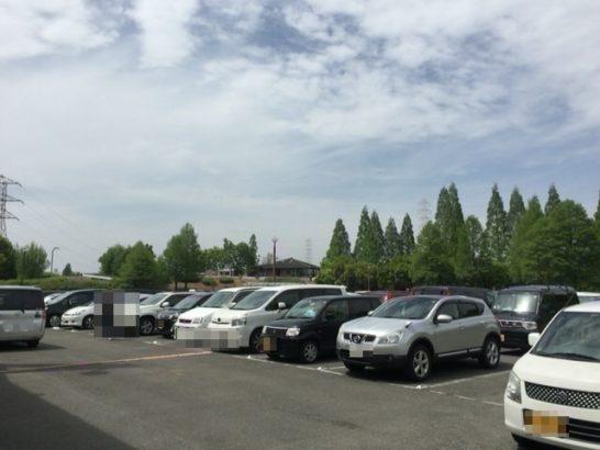 深北緑地駐車場風景